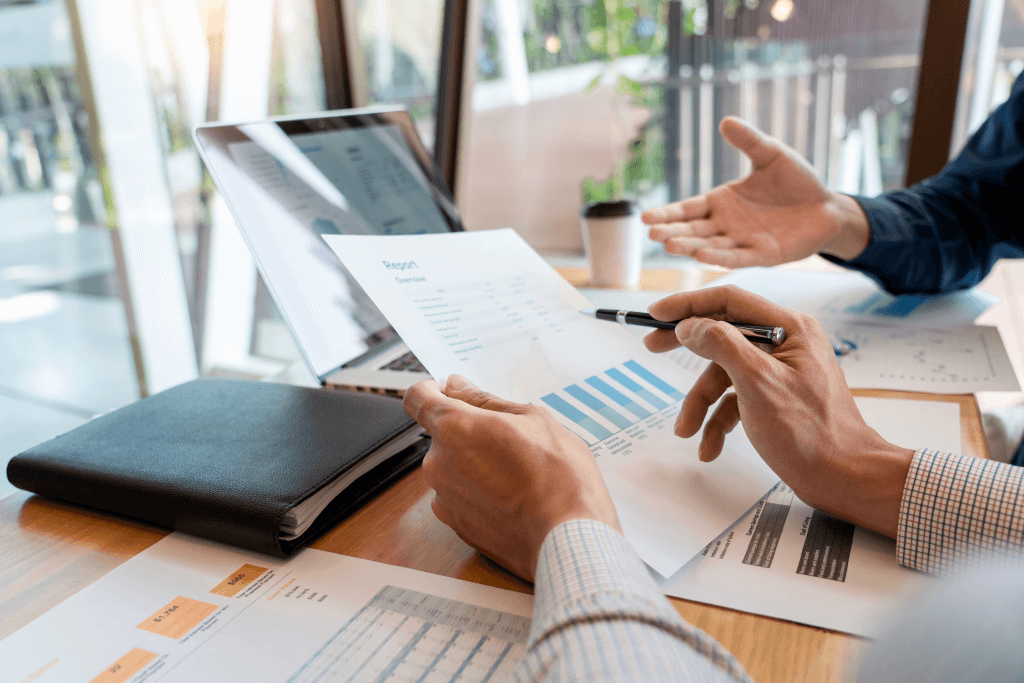 Ukrainian Developers' Salaries: Guide & Advice on Protecting Your Budget